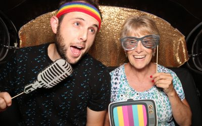 5 Tips for Reserving the Right Photo Booth Company for You